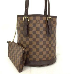 AuthLouis Vuitton Damier Marais Bucket Bag w/Pouch